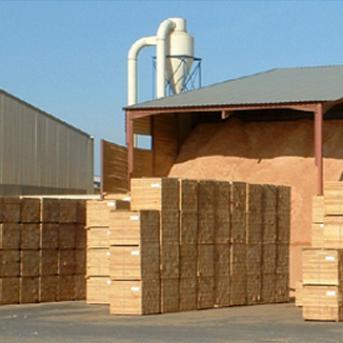Planches à palettes en résineux & granulés de bois